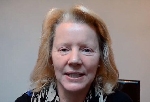 Watch Video: Dr. Julian De Silva Blepharoplasty Review & Testimonial