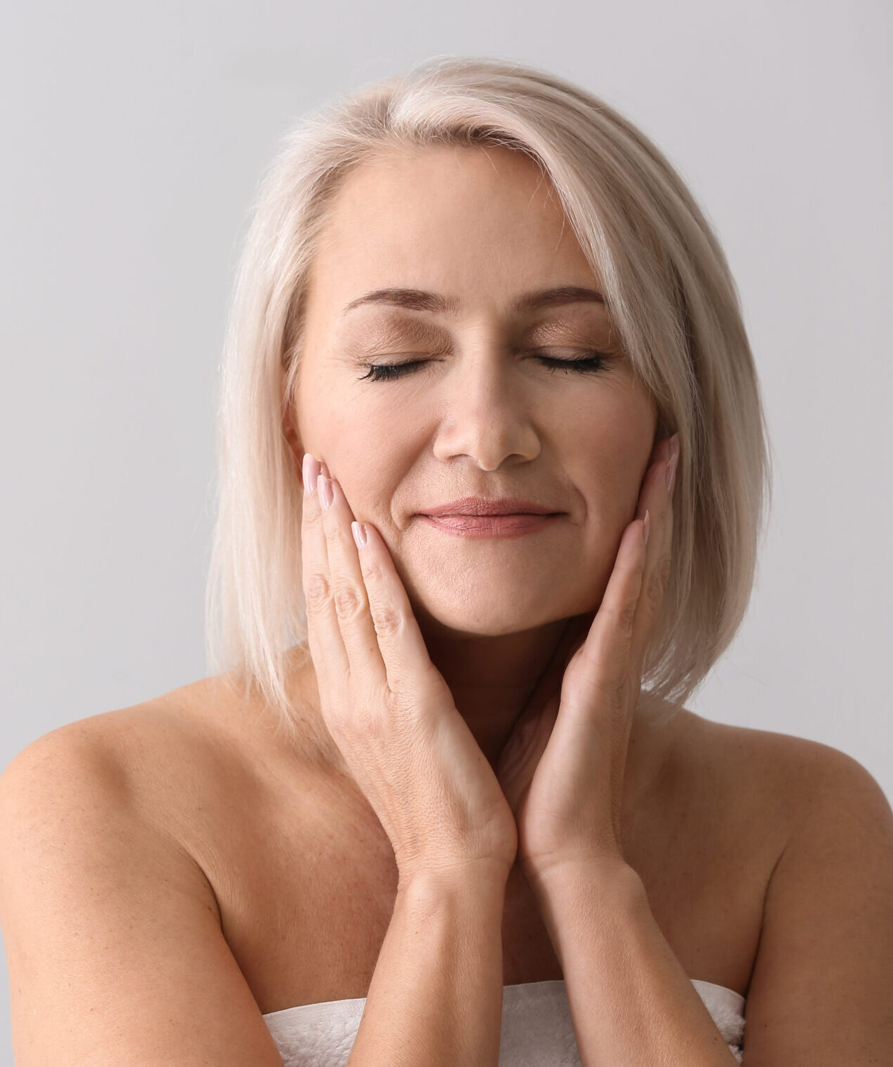 Non-Surgical Facelifts - female model
