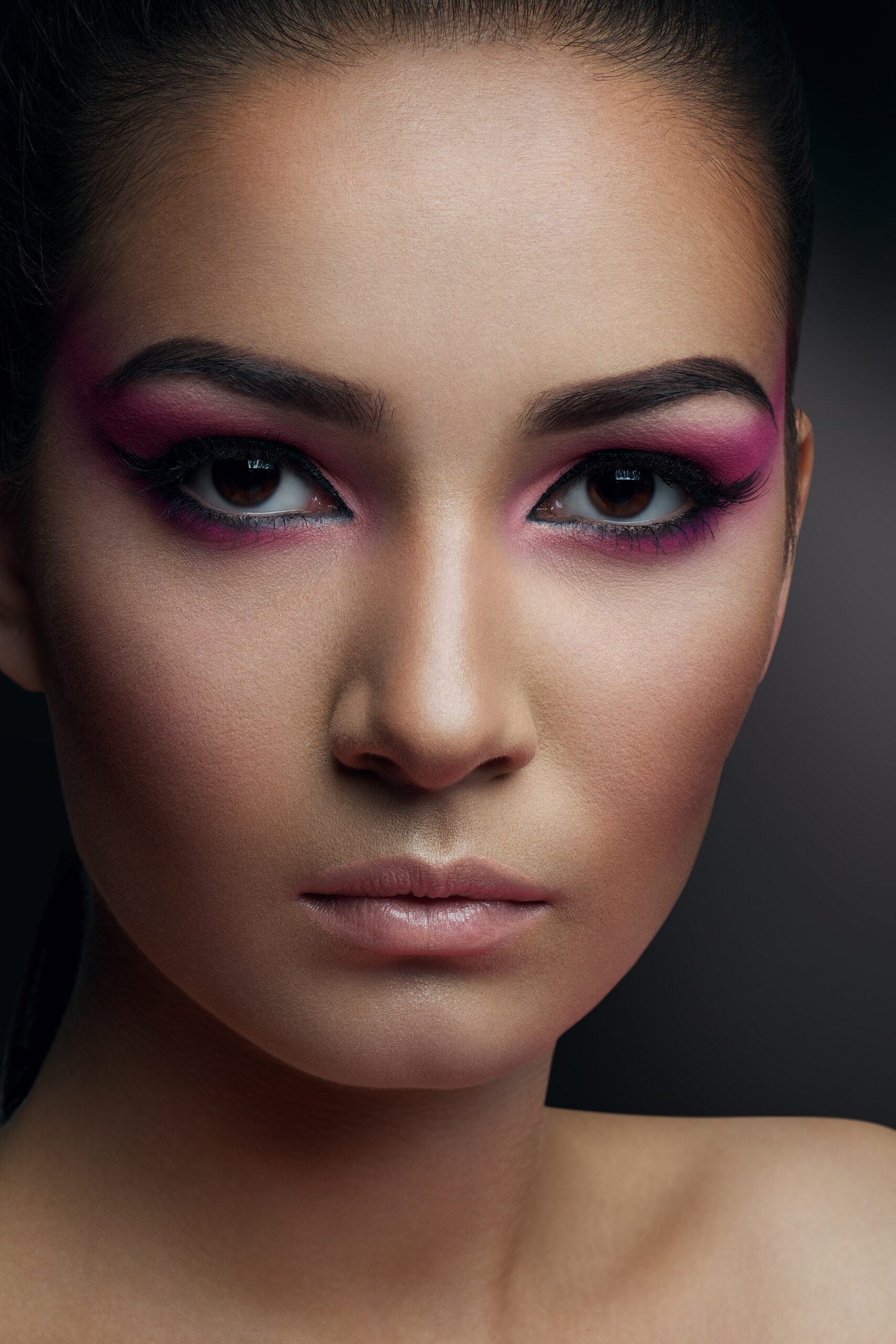 Woman's face, Revision Rhinoplasty - model